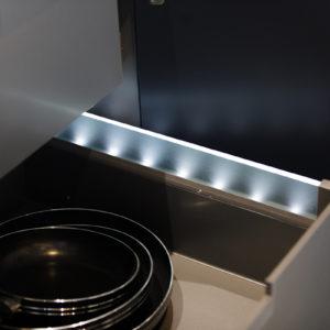 Éclairage à l'intérieur des tiroirs